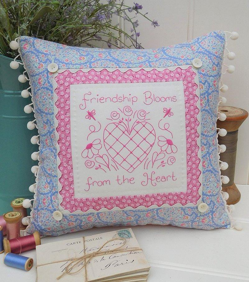 Friendship Blooms Pillow pattern