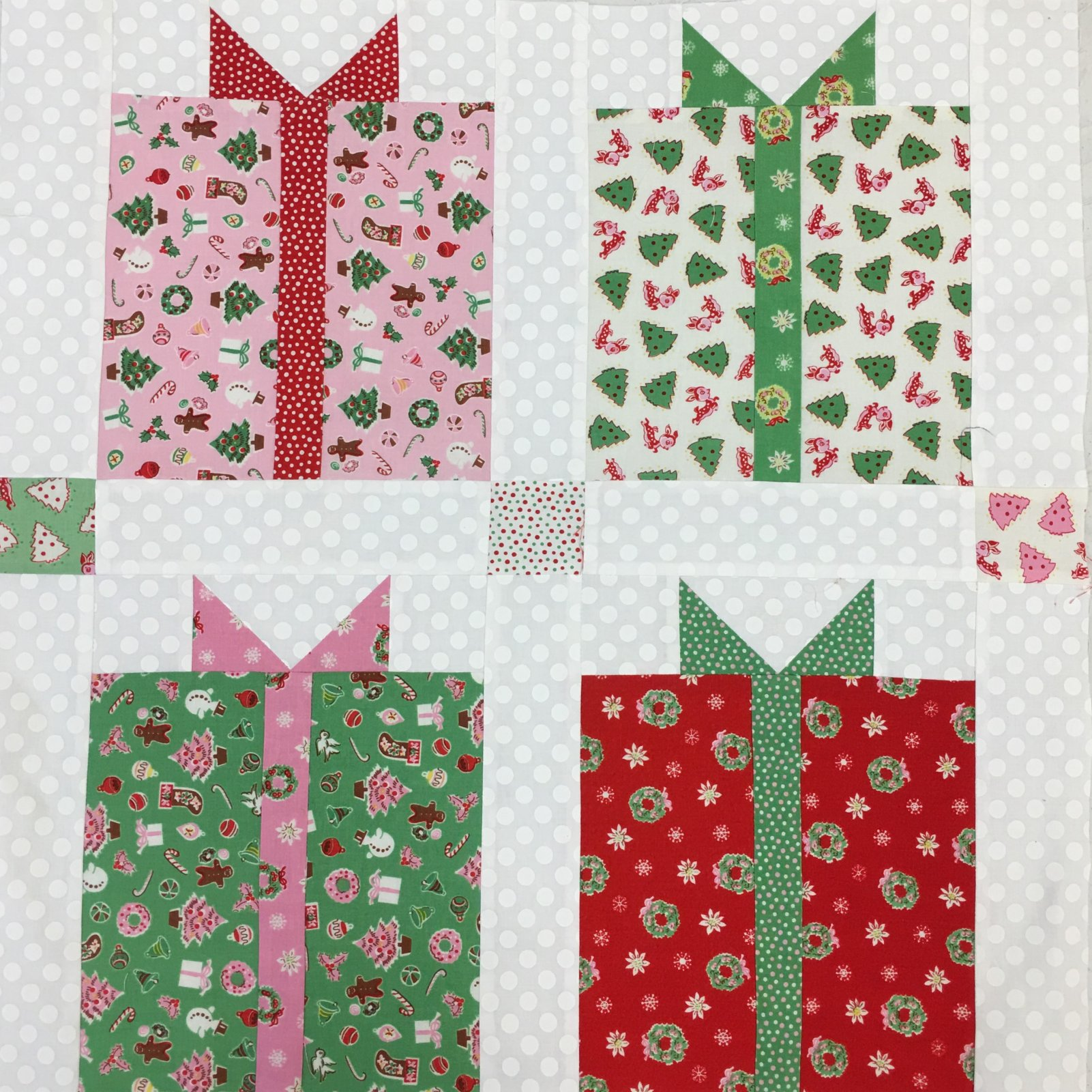 Christmas Present Block pattern