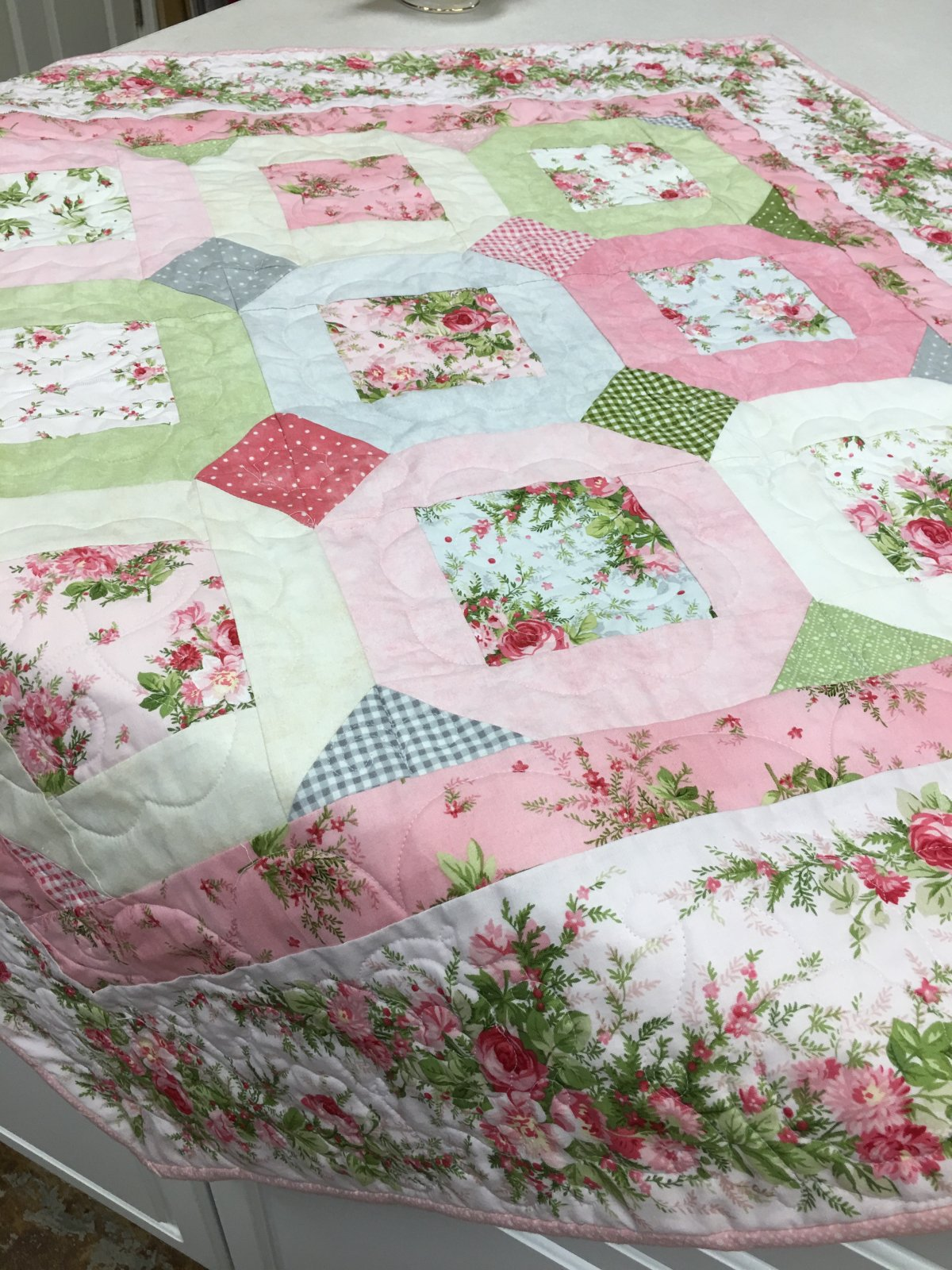 Heather In Bloom Table Topper pattern