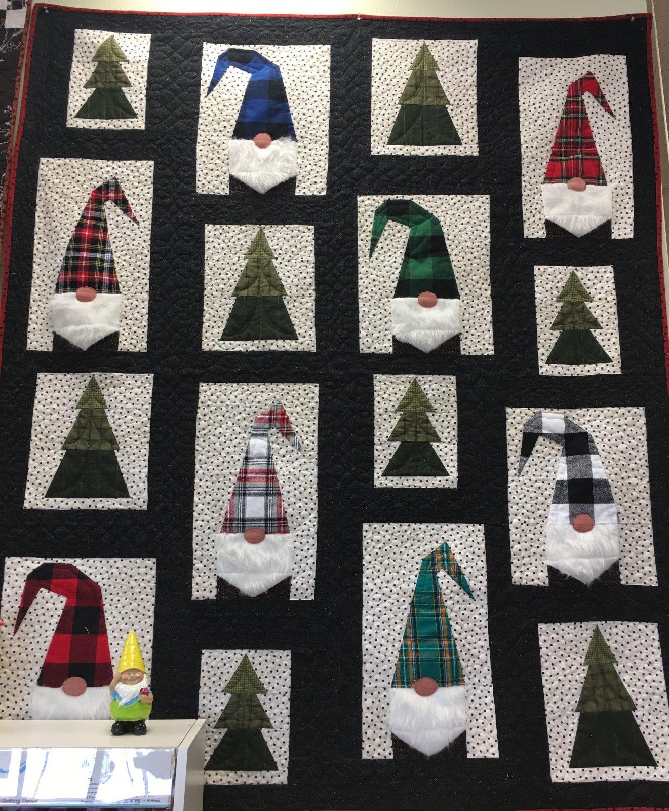 Gnomes Winter Quilt Kit top, binding