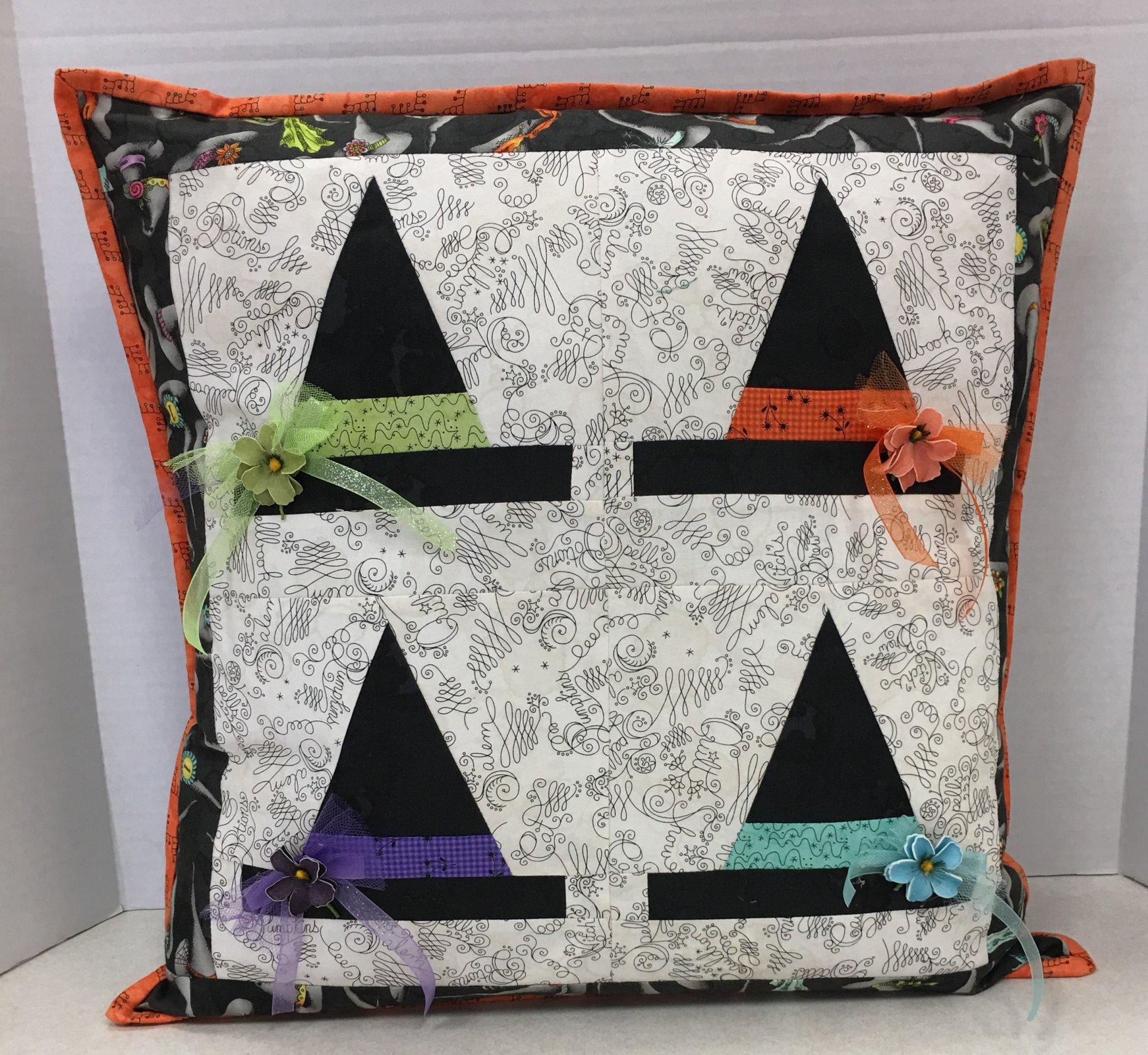 Halloween Haberdashery Pillow kit 20 sq
