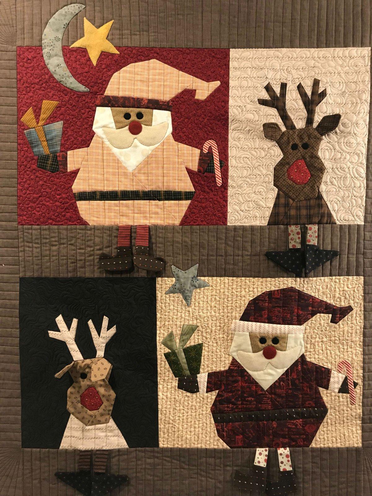 Santa & Reindeer 4