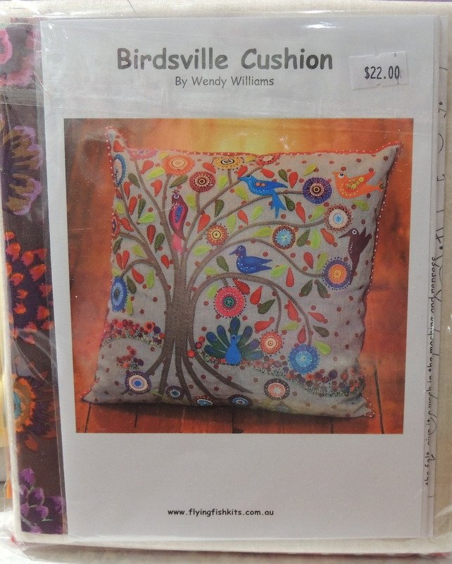 Wendy Williams : Birdsville Cushion - Wool Felt Kit