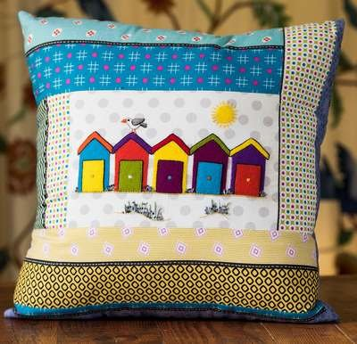 Wendy Williams : Seaside Cushion Beach Hut - Fabric Pack