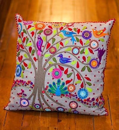 Wendy Williams : Birdsville - Cushion Pattern