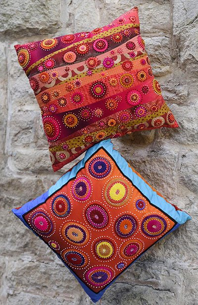 Wendy Williams : Red Centre - Cushion Pattern