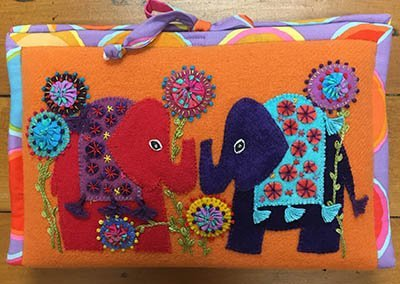 Wendy Williams : Woolly Zip It Bag Flower/Elephant - Pattern