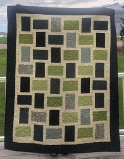 Geometry Quilt Kit  68 x 84 inches