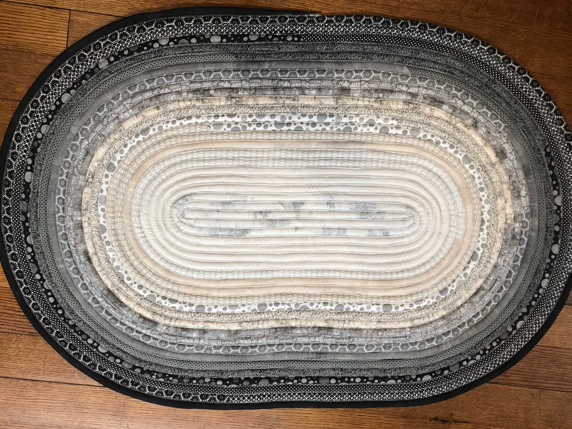 Jelly Roll Rug Kit * 30 x 44