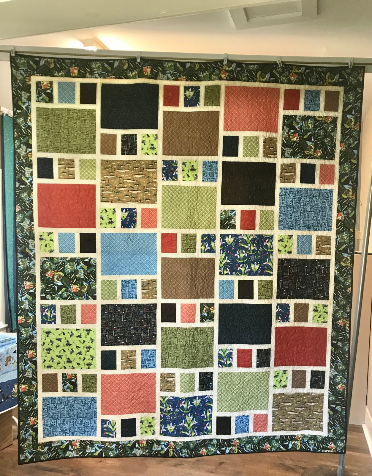 2020 Quilt MN Throw Quilt Kit  77 x 90 inches