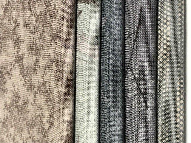 Yoko Saito - Centenary 24 - Fat Quarters (Grey 5) cotton