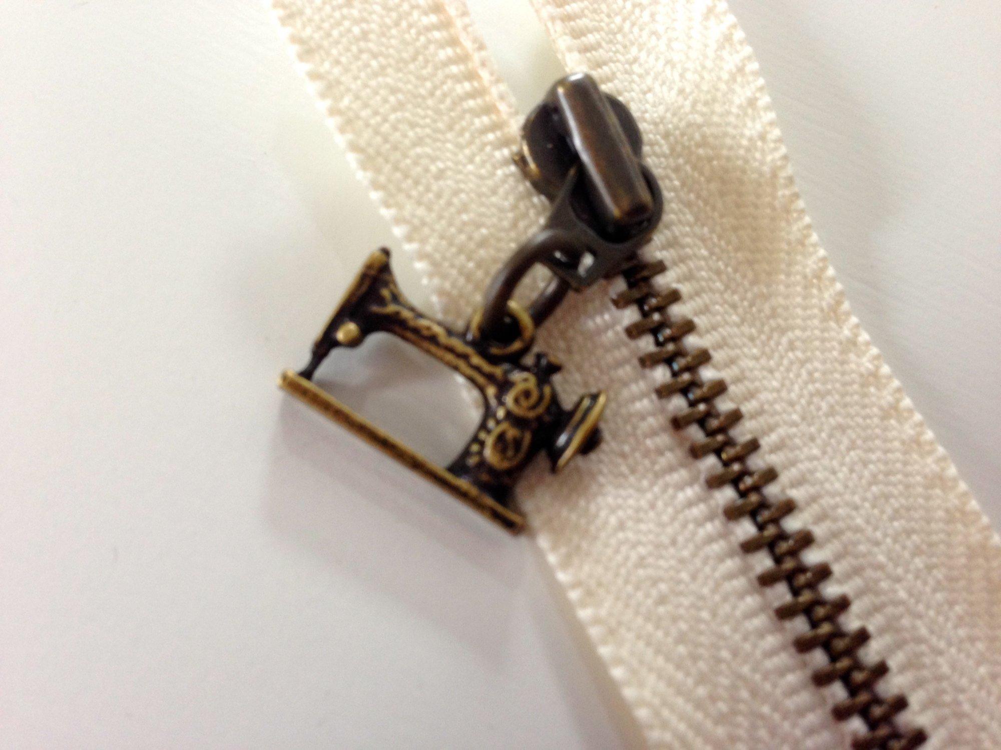 20 cm [8]  Zipper - Antique Sewing Machine (ecru)