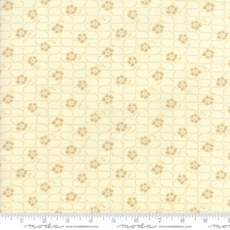 14852 13 Farmhouse Reds Floral Floral Grid Ivory Minick Simpson