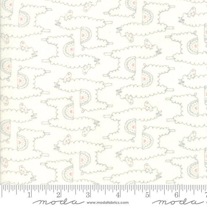 20603 11F Soft Sweet Flannel Llamas  Grey Cream