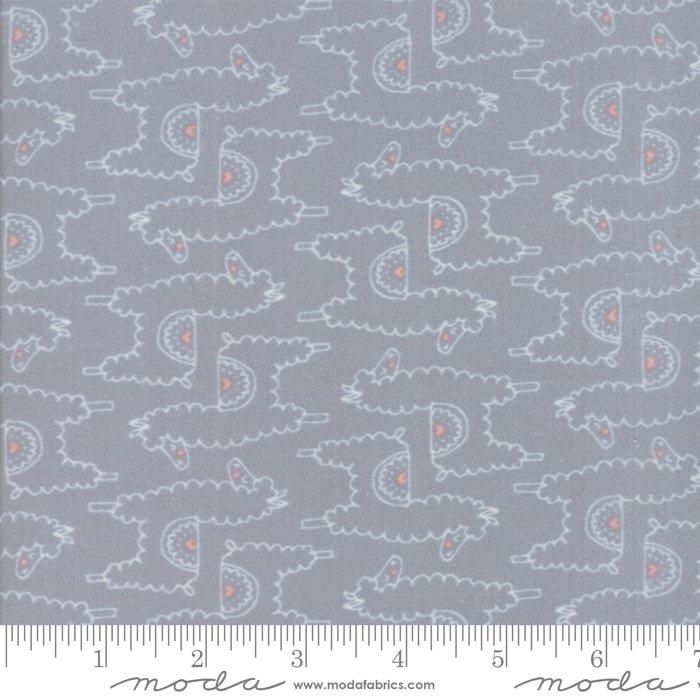 20603 19F Soft Sweet Flannel Llamas  Grey