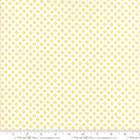 29045 16 Moda Pepper Flax Floral Lacy Polka Dot White