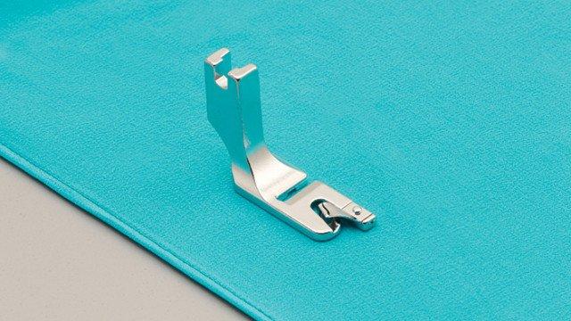 BLQP-RH  Rolled Hem Foot