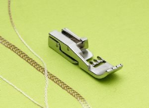 Cover/Chain Stitch Foot BLE8-CCF