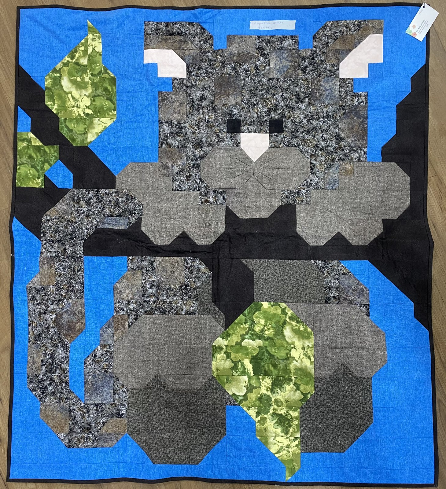 Cat Up a Tree Quilt