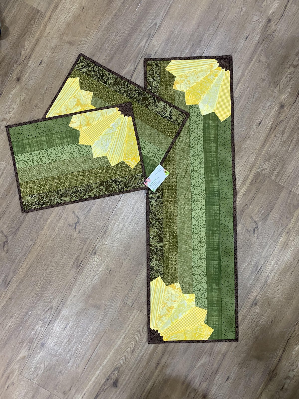 Sunflower Table Runner and Placemats
