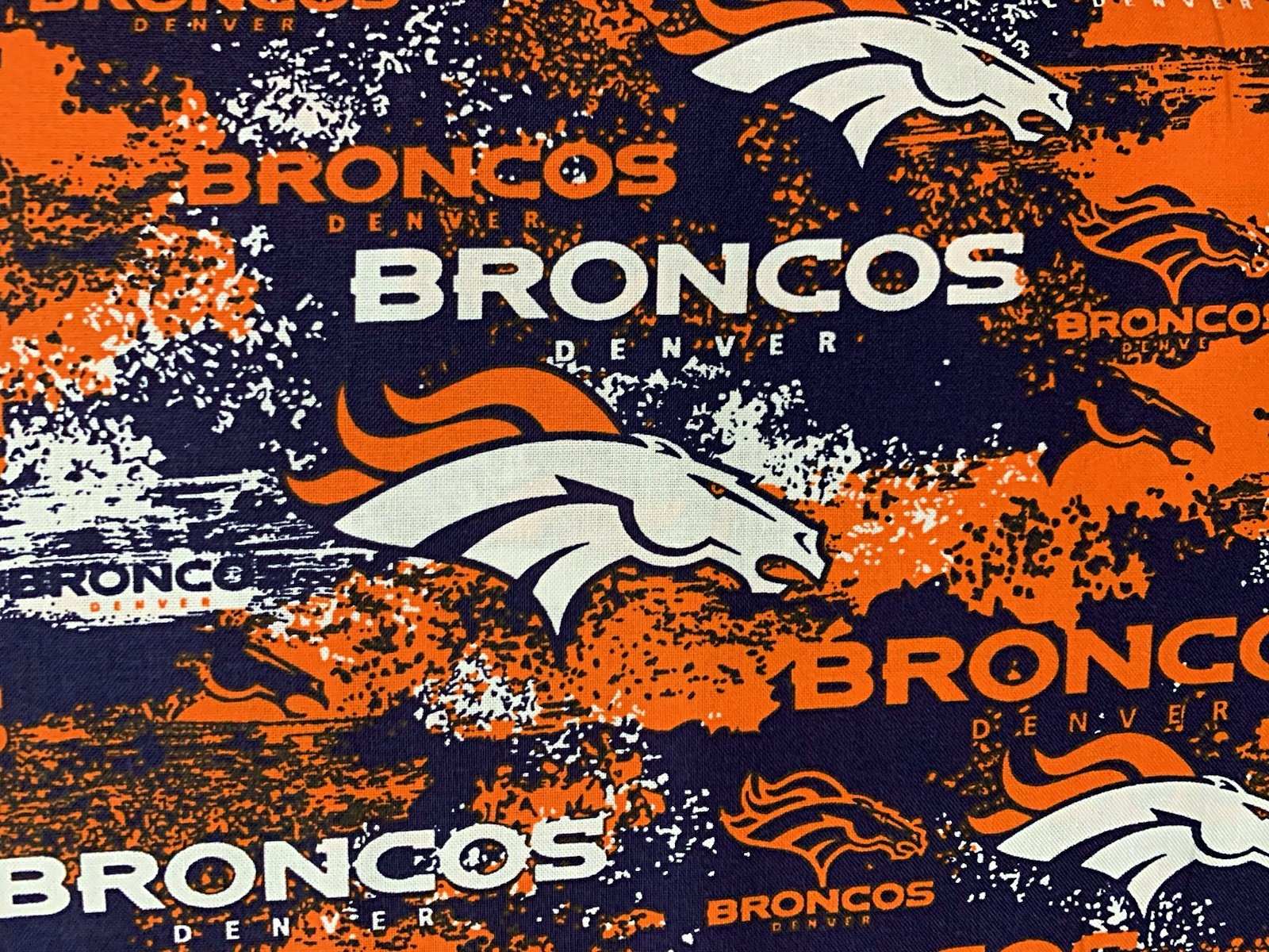 NFL Denver Broncos 70105 Distressed