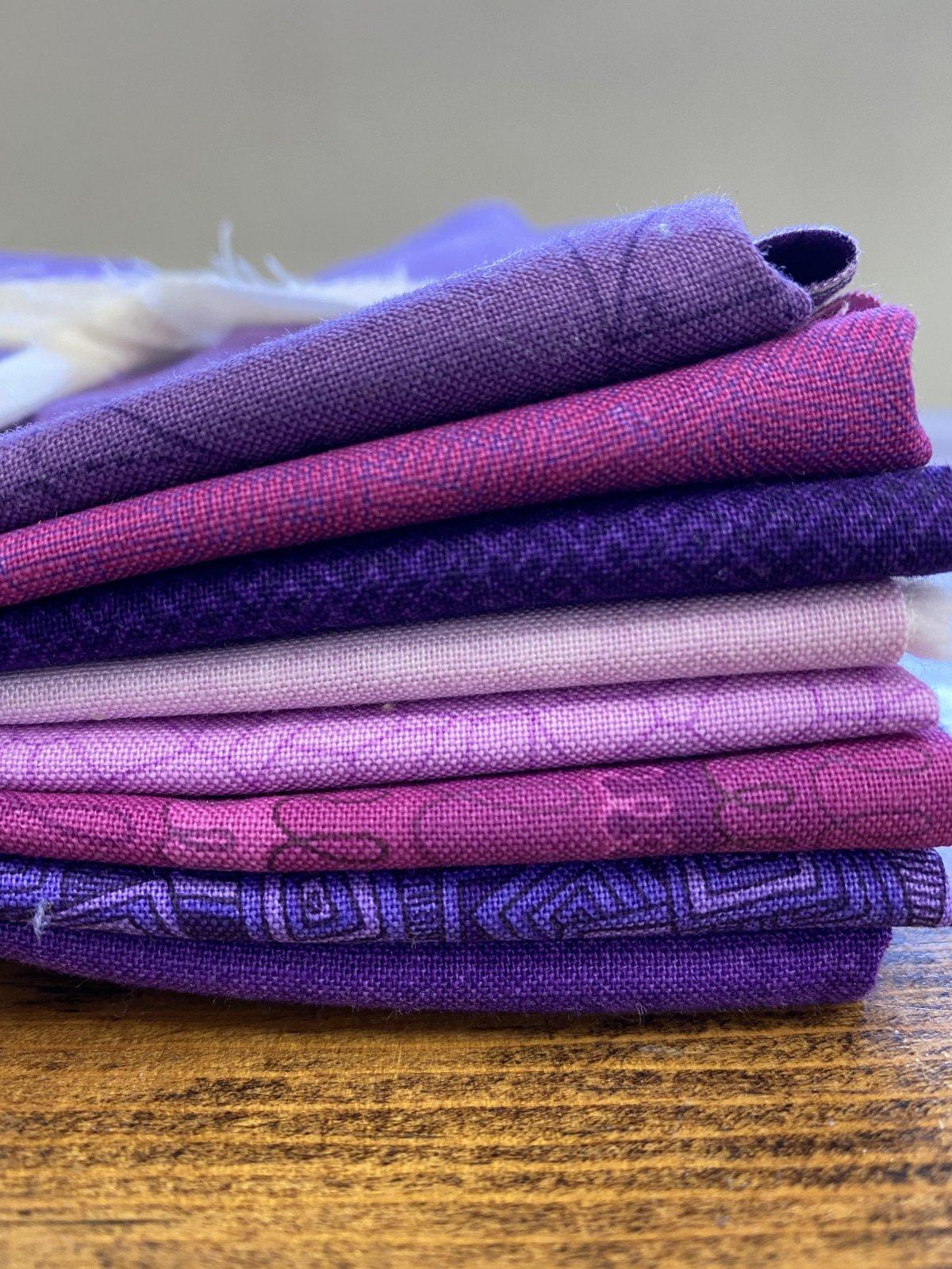 Positively Purple 8  Fat Quarter Bundle