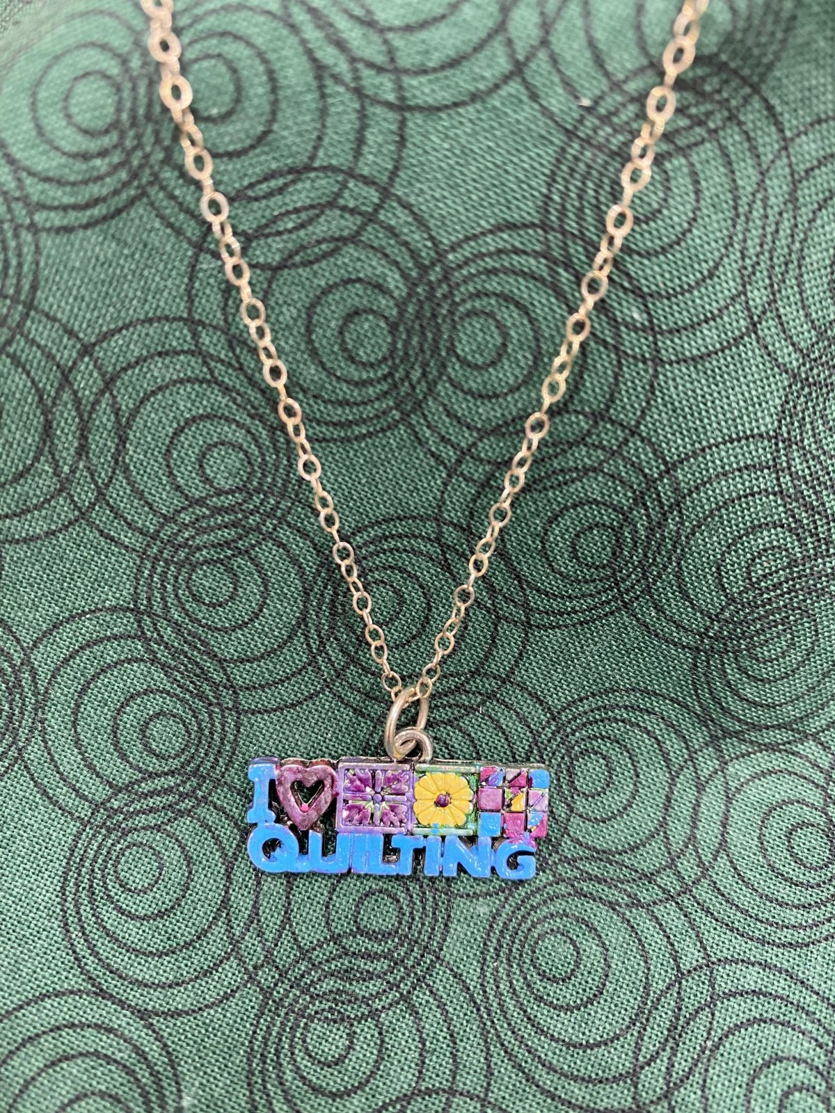 I Heart Quilting Delicate Necklace