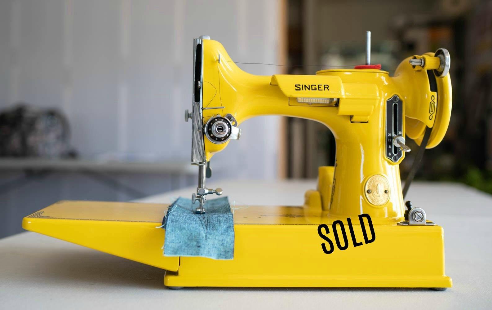 Bumblebee Yellow Singer Featherweight Machine