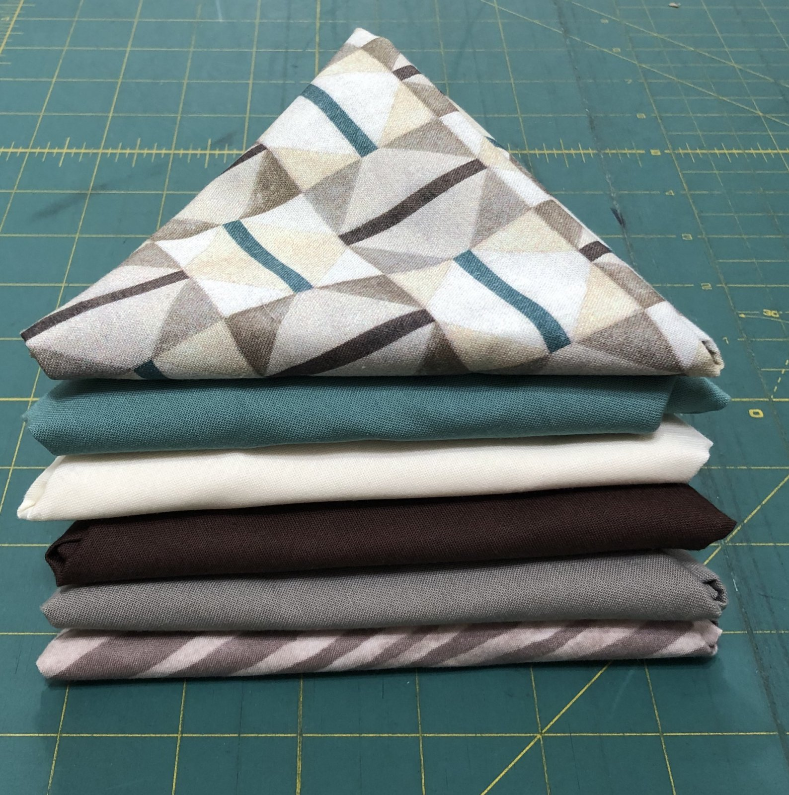 Bundle of 6 FQs - grey, brown, blue