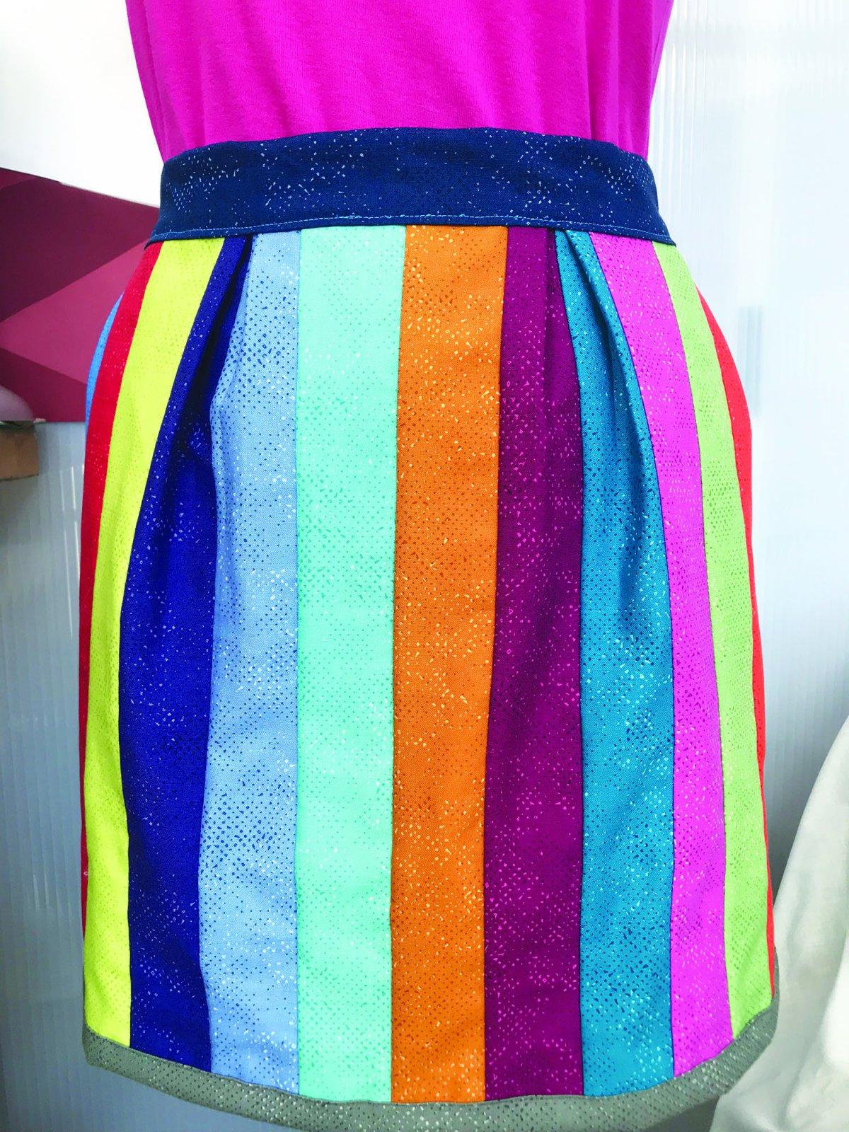 Hip Stitch Jelly Roll Apron Pattern