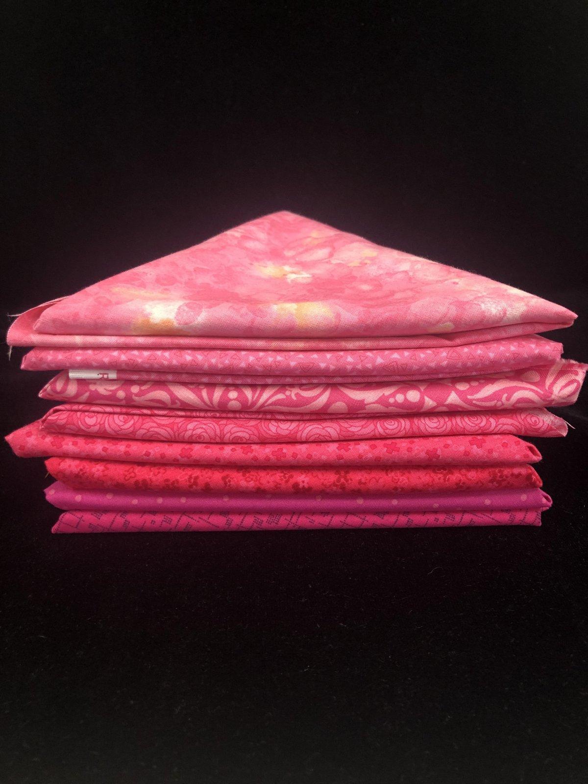 Pretty in Pink 8 Fat Quarter Bundle