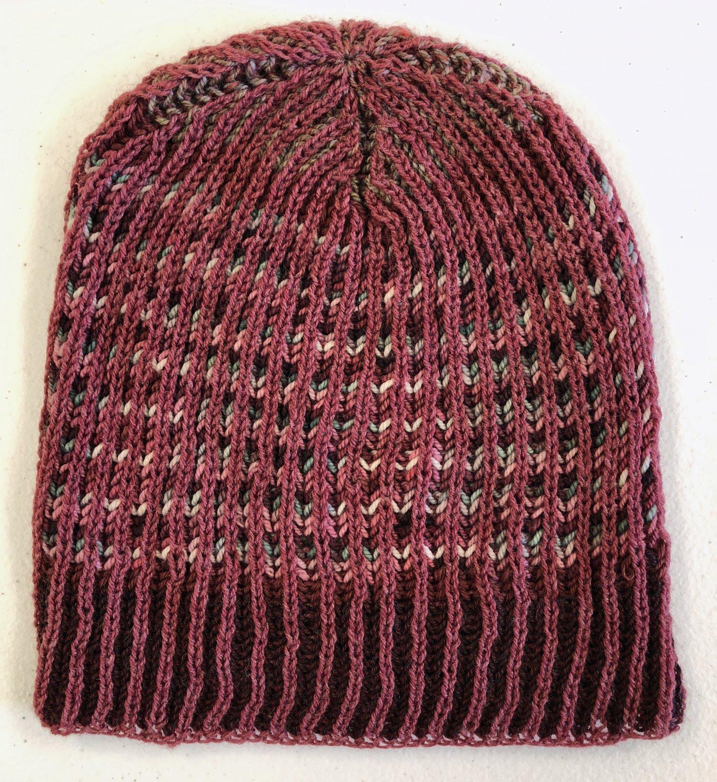 da2ba09d25f Learn two-color Brioche  knit in the round to make a vertically striped