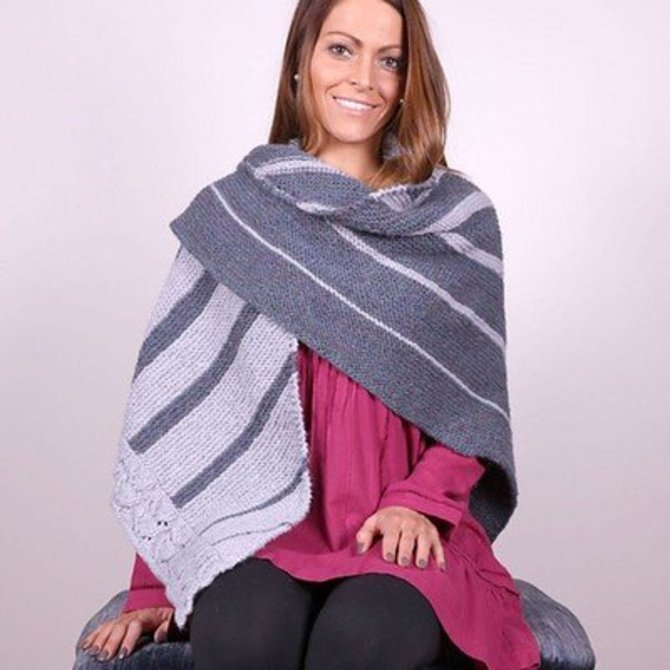 Tuscan Aire Two Color Shawl Pattern 3047
