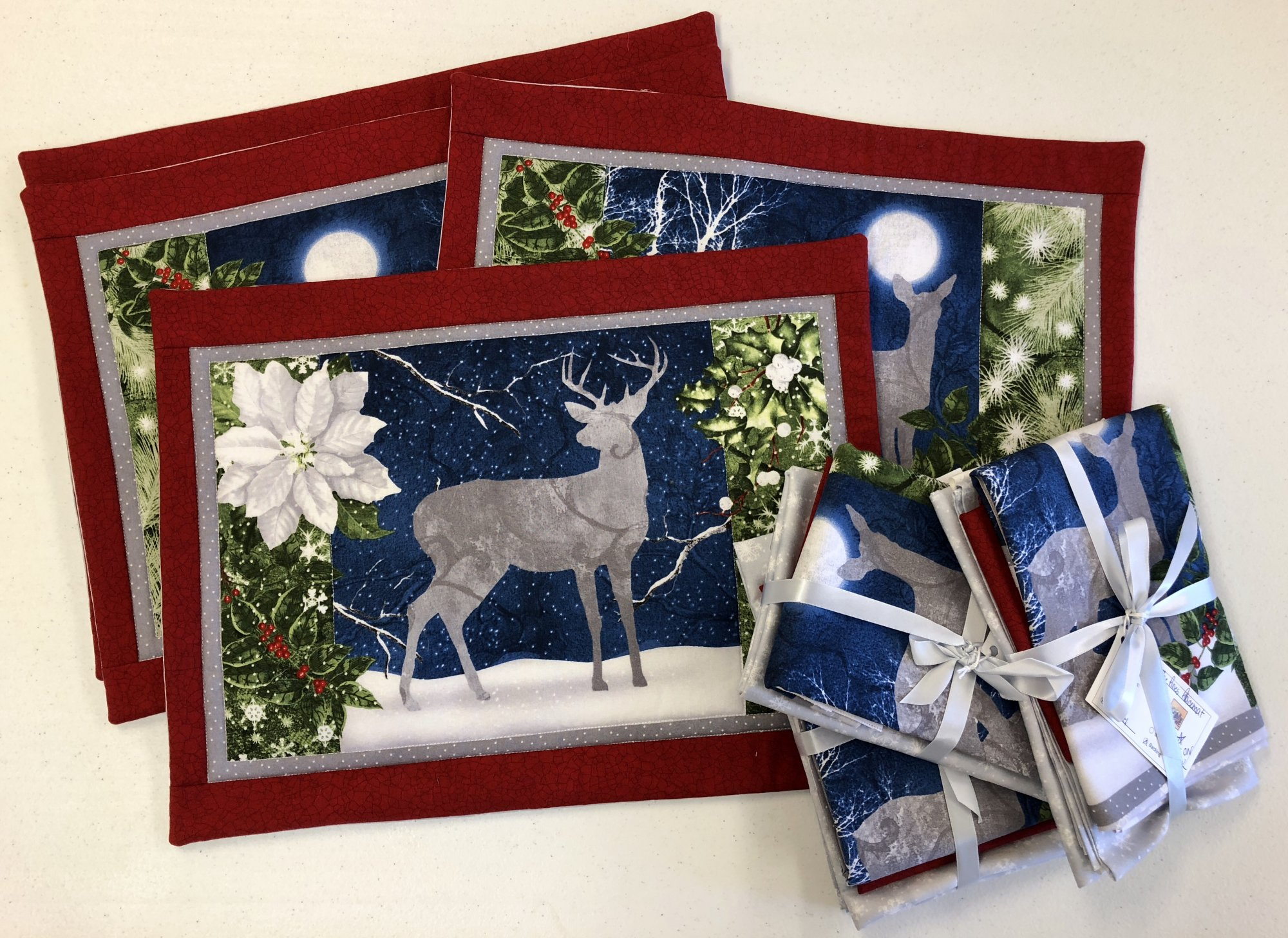 Under the Pines Place Mat Kit