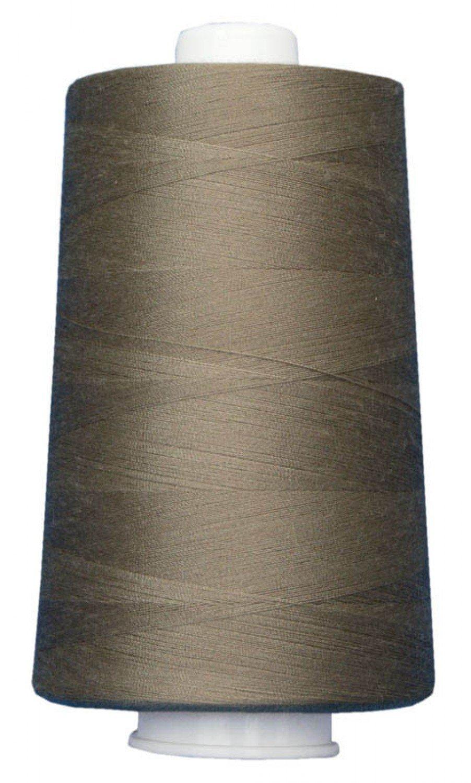 OMNI Polyester Thread 40 wt 6000 yds 3010 Sandbar by Superior