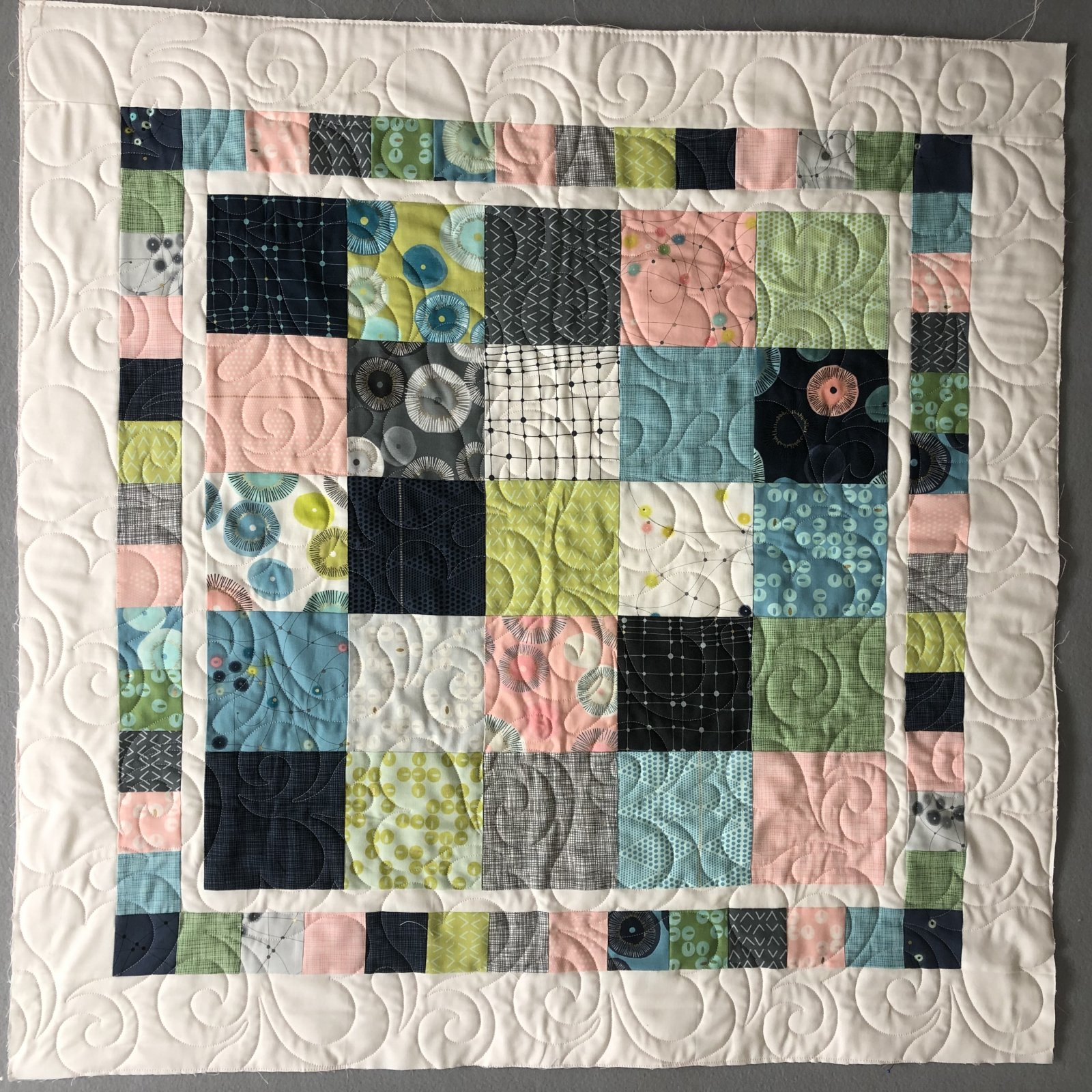 Fresh & Fun Modern Crib Quilt Kit - Day in Paris