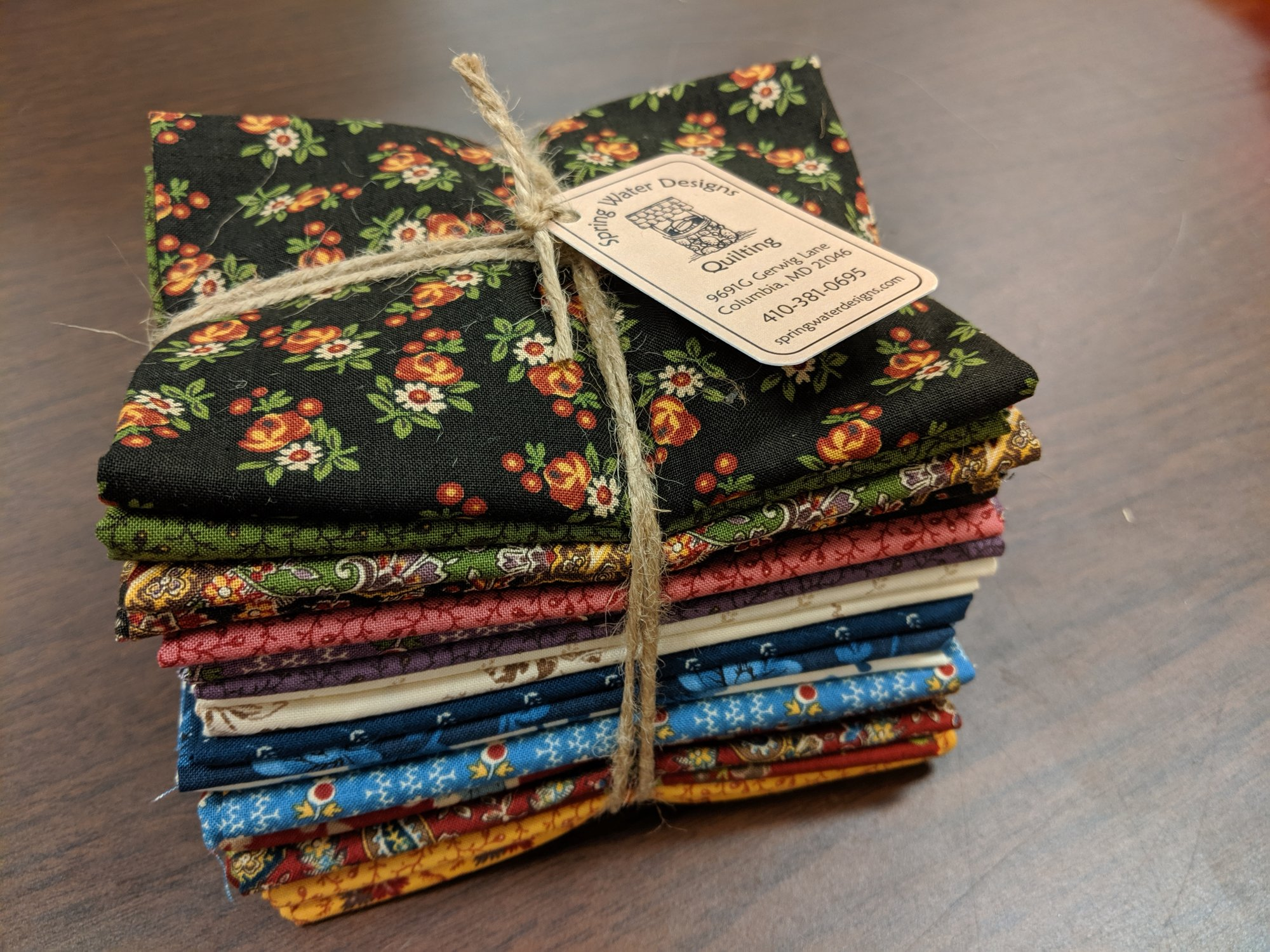 Nancy's Needle Fat Quarter Bundle by Betsy Chutchian for Moda