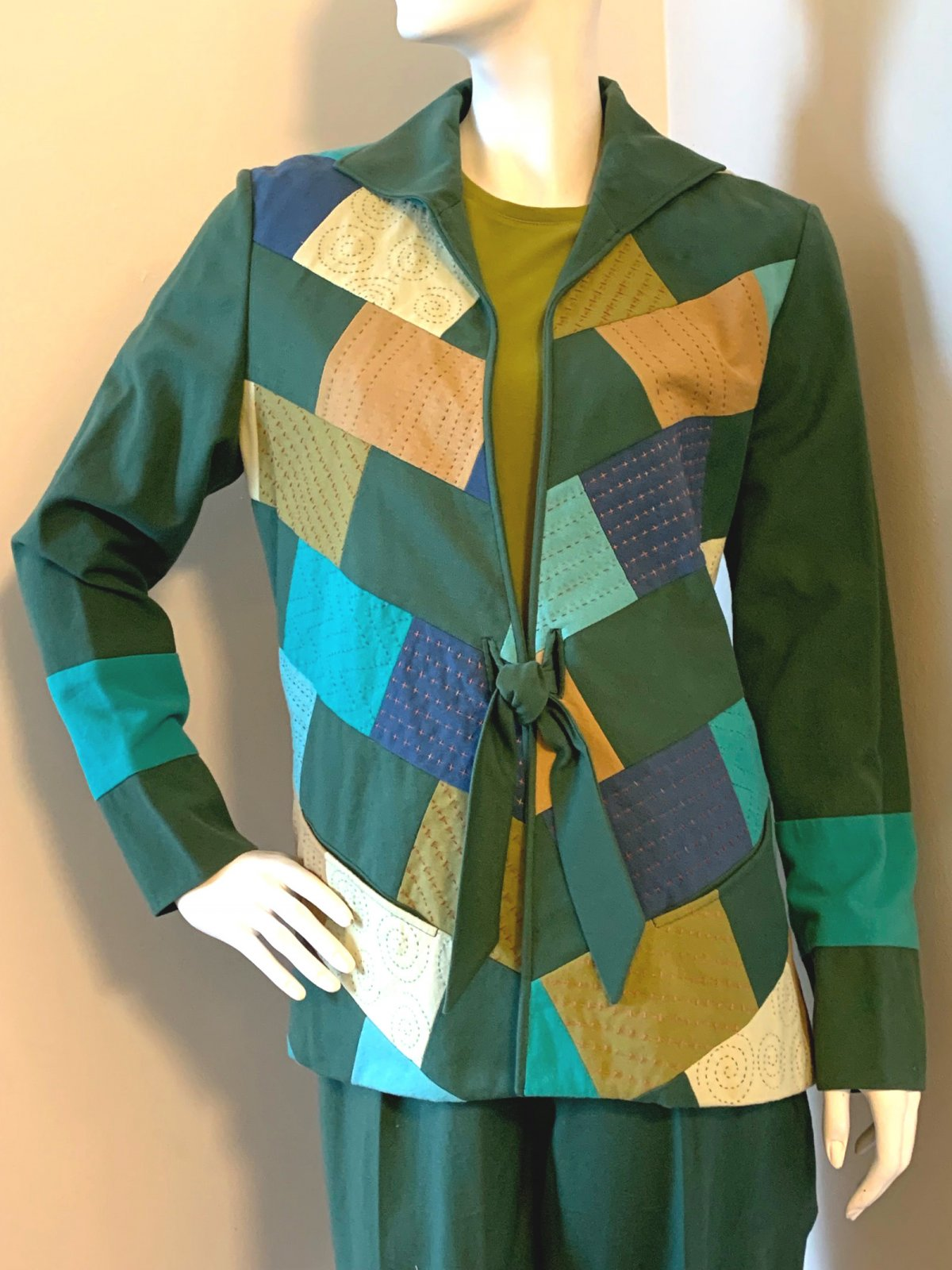 Urban Treasures Jacket with Tie Front and Matching Pants