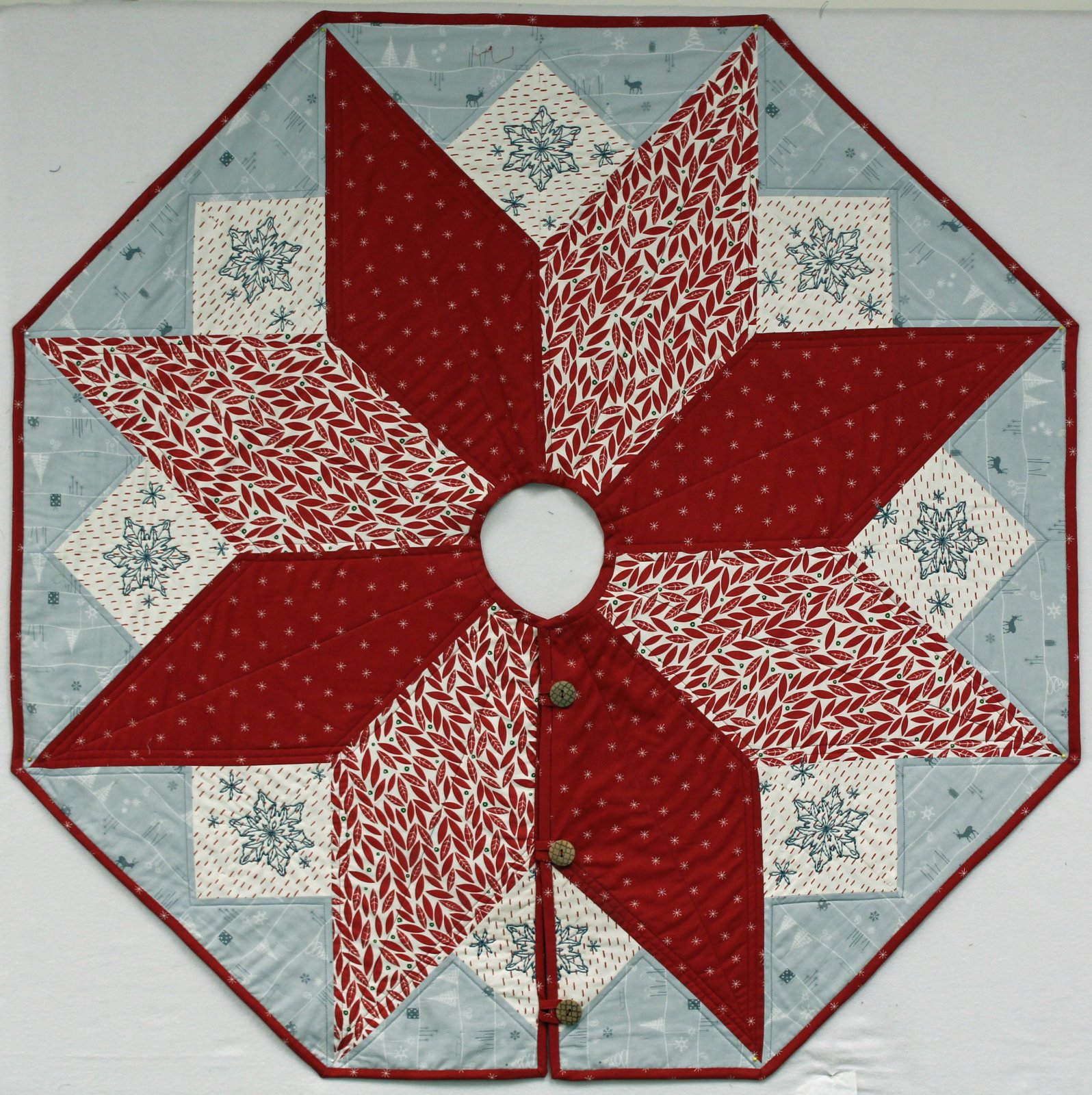 Christmas Tree Skirt Patterns.Scandi Christmas Tree Skirt Pattern 721762486917