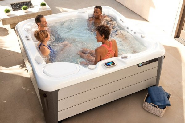 HotSpring Highlife Aria Alpine White SandStone