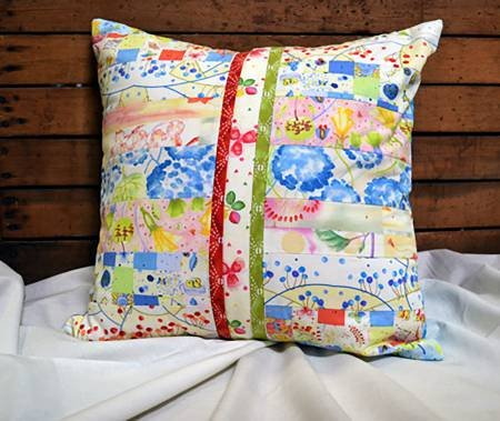 BEGINNER ROTARY CUTTER PILLOW PATTERN DESIGNED BY DEBRA K. ZELLNER