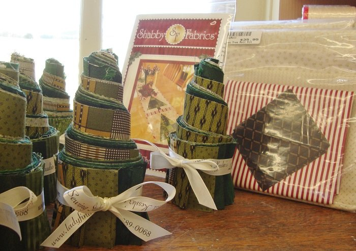 Patchwork Christmas Tree Roll Kit