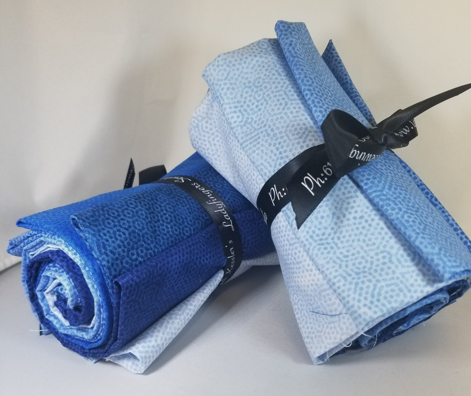 Dimples  Blue Fat Quarter Bundle