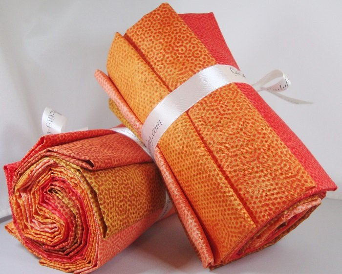 Dimples Orange Fat Quarter Bundle