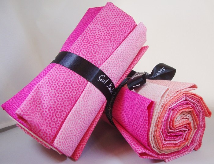 Dimples Pink + Corals Fat Quarter Bundle