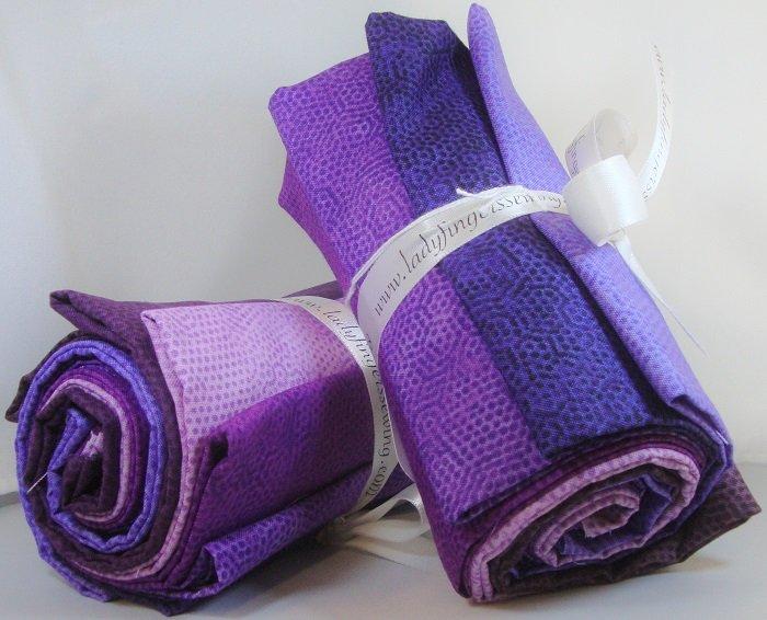 Dimples Purple Fat Quarter Bundle