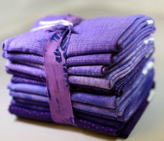 Iris Fat 6th Bundle - 1 Yard (6 - 12 x  21 Pre-Cuts)