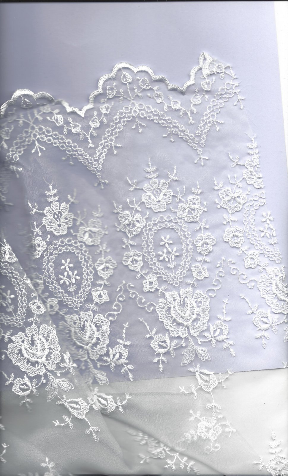 ACC 51080/1 EMBROIDERED ORGANZA WHITE