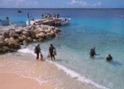 Shore diving in Bonaire
