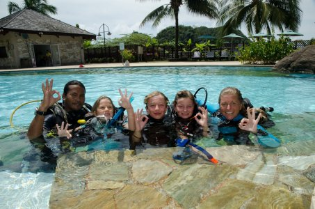 Discover SCUBA is a great team building activitiy for troops, crews, and patrols.